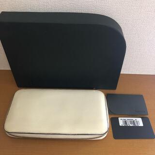 ヴァレクストラ(Valextra)のValextra ラウンドジップ12カード 長財布(財布)