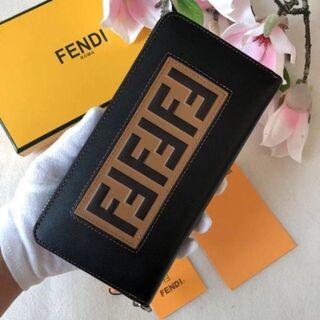 FENDI 長財布