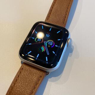 アップル(Apple)の【美品】Apple Watch series 4 40mm GPSモデル(その他)