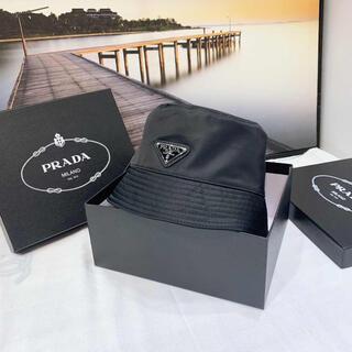 PRADA - 【新品未使用】ブラック ナイロン素材 バケットハット