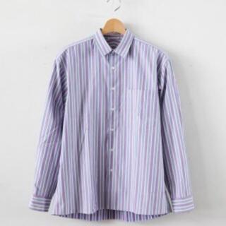 ワンエルディーケーセレクト(1LDK SELECT)のauralee ストライプシャツ パープル(シャツ)