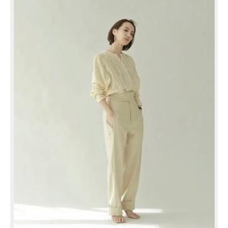 トゥデイフル(TODAYFUL)の【louren】waistbelt highwaist tack pants(カジュアルパンツ)