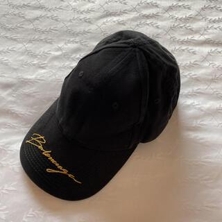 バレンシアガ(Balenciaga)の新品未使用!バレンシアガ キャップ 帽子 黒ゴールドロゴ文字(キャップ)