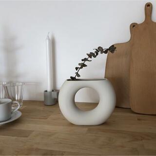 【ラスト1点】ドーナツ型雑貨フラワーベース 花瓶 北欧 おしゃれ 雑貨 大人気(花瓶)