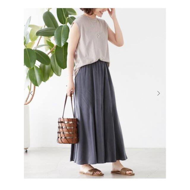 IENA SLOBE(イエナスローブ)の専用 新品未使用フィブリルサテンフレアスカート レディースのスカート(ロングスカート)の商品写真