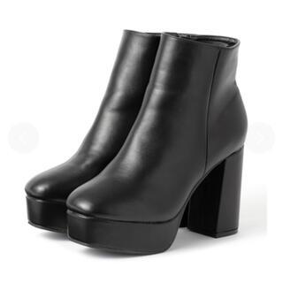 グレイル(GRL)のGRL 厚底チャンキーヒールショートブーツ(ブーツ)