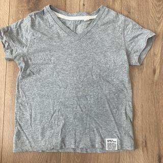 アズールバイマウジー(AZUL by moussy)の無地グレーVネックTシャツアズールバイマウジー100cm(Tシャツ/カットソー)