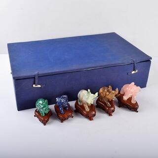 中国 玉石彫刻 象 置物 唐木台付 五点 D R3655B(彫刻/オブジェ)
