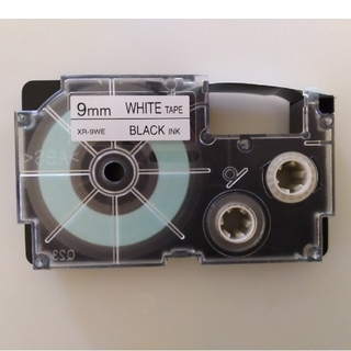 CASIO - CASIO  カシオ ネームランド テープ9mm 中古(白テープに黒文字)1個