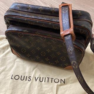 LOUIS VUITTON - LOUIS VUITTON モノグラム ナイル