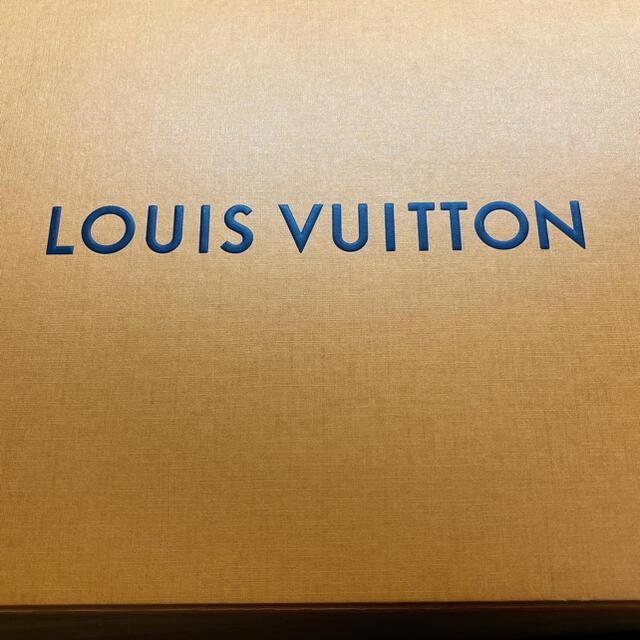 LOUIS VUITTON(ルイヴィトン)のLOUIS VUITTON ロゴマニアシャイン マフラー レディースのファッション小物(マフラー/ショール)の商品写真