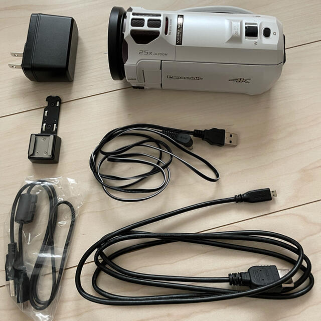Panasonic(パナソニック)のPanasonic デジタル4Kビデオカメラ スマホ/家電/カメラのカメラ(ビデオカメラ)の商品写真