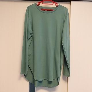 ユニクロ(UNIQLO)のUNIQLO ロングテールコットンTシャツ Mサイズ(Tシャツ(長袖/七分))