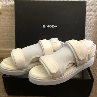 EMODA - EMODA L 24〜24.5 コンフォートサンダル 厚底 ホワイト 新品未使用