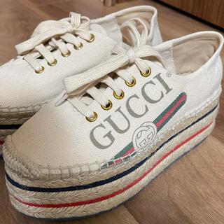 グッチ(Gucci)のGUCCI グッチ 厚底スニーカー ロゴプラットフォーム 35 22.5(ハイヒール/パンプス)