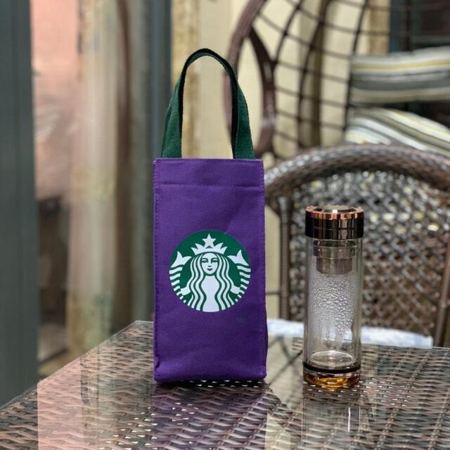 Starbucks Coffee(スターバックスコーヒー)のスタバ スターバックス トート バッグ ドリンクホルダー タンブラー 海外 紫 レディースのバッグ(トートバッグ)の商品写真