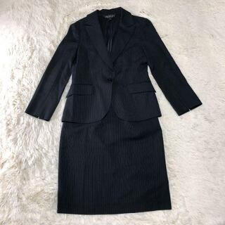 インディヴィ(INDIVI)の美品 インディヴィ スカートスーツ セットアップ 日本製 ブラック(スーツ)