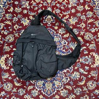 NIKE - VINTAGE NIKE over-size cross body bag