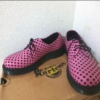 ドクターマーチン(Dr.Martens)のドクターマーチン 3ホール ピンク ドット柄(ローファー/革靴)