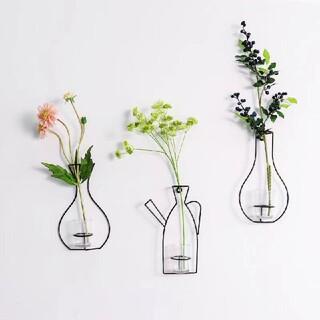 新品 完売品 フラワーベース 壁掛け花瓶  北欧 おすすめ