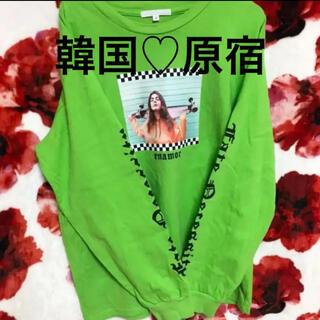 SPINNS - ロンT♡韓国♡蛍光♡グリーン♡緑♡袖ロゴ♡ストリート♡原宿♡