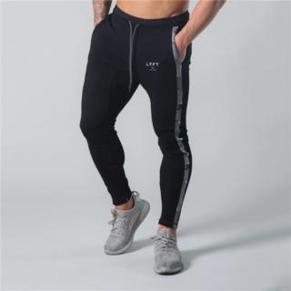 LYFT トレーニングジョガーパンツ Lサイズ