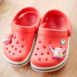 クロックス(crocs)のcrocs 4C5 サンダル(サンダル)