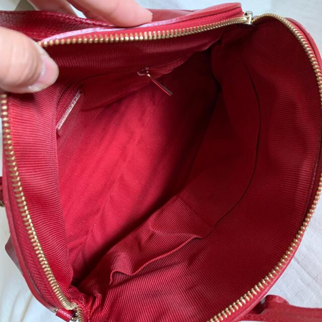 Furla(フルラ)の※専用 6/30まで FURLA ハンドバッグ レッド ショルダー紐のみ難あり レディースのバッグ(ハンドバッグ)の商品写真