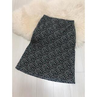 エイチアンドエム(H&M)の【美品】H&M 膝丈小花柄スカート(ひざ丈スカート)