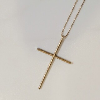 ココシュニック(COCOSHNIK)の COCOSHNIK ココシュニック 10k ゴールド ネックレス 十字架(ネックレス)