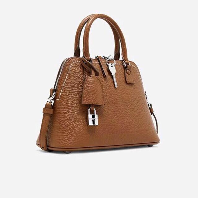 Maison Martin Margiela(マルタンマルジェラ)の新品正規品 Maison Margiela 21SS 5AC ミニバッグ レディースのバッグ(ハンドバッグ)の商品写真