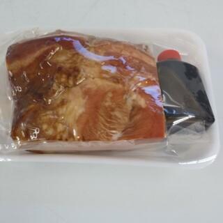 本格焼き、チャーシュー600㌘です(肉)