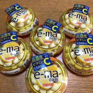 UHA味覚糖 e-maのど飴 VCレモン