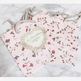 レメルヴェイユーズラデュレ(Les Merveilleuses LADUREE)のレメルヴェイユーズラデュレ 紙袋3枚セット(ショップ袋)