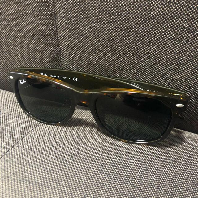 Ray-Ban(レイバン)のRayBan サングラス 新品未使用 レディースのファッション小物(サングラス/メガネ)の商品写真
