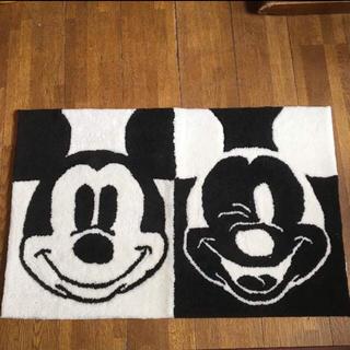 ディズニー(Disney)の新品未使用 ミッキー モノトーン マット(玄関マット)