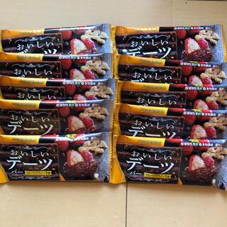 ユーハミカクトウ(UHA味覚糖)のおいしいデーツ フルーツグラノーラ味(その他)