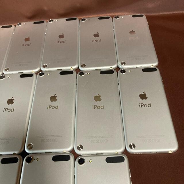 Apple(アップル)のiPod touch 第5世代 18台セット ジャンク ❶ スマホ/家電/カメラのオーディオ機器(ポータブルプレーヤー)の商品写真