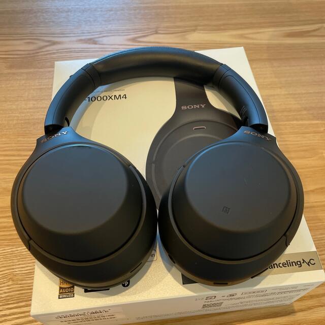 SONY(ソニー)のSONY WH-1000XM4 ブラック ノイズキャンセリングヘッドホン スマホ/家電/カメラのオーディオ機器(ヘッドフォン/イヤフォン)の商品写真