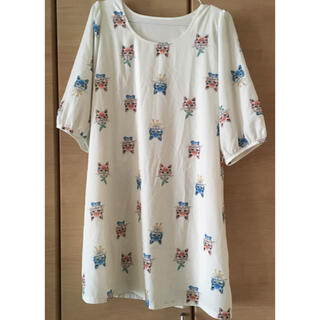 メルロー(merlot)の七分袖 猫柄ワンピース(ひざ丈ワンピース)