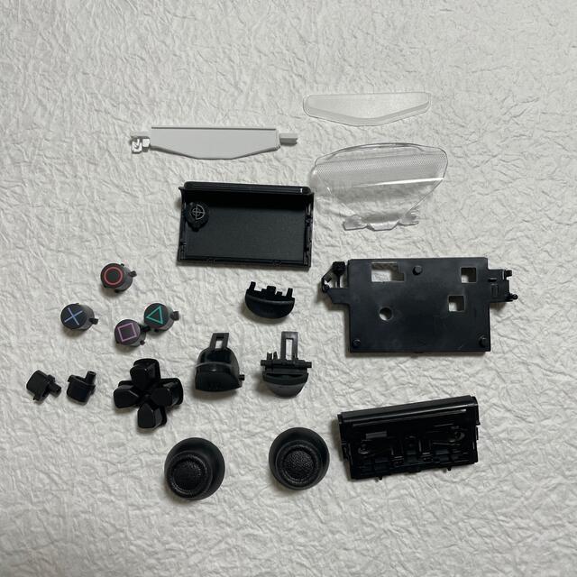 PlayStation4(プレイステーション4)のps4コントローラージャンク品セット エンタメ/ホビーのゲームソフト/ゲーム機本体(家庭用ゲーム機本体)の商品写真
