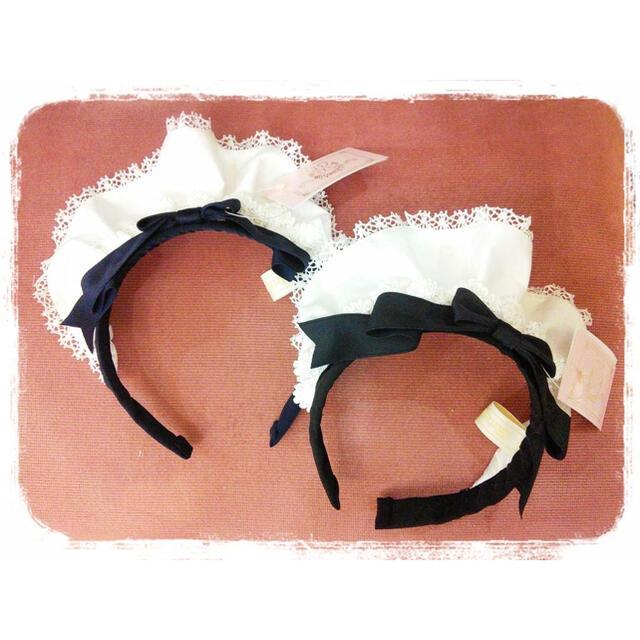 Angelic Pretty(アンジェリックプリティー)の美品♡メタモルフォーゼ  クラシカルメイド フリルカチューシャ 黒 レディースのヘアアクセサリー(カチューシャ)の商品写真