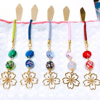 とんぼ玉とメタルフラワーの帯飾り 各種