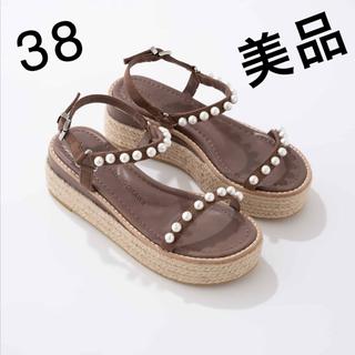 IENA - 美品ツルバイマリコオイカワ パールサンダル 38 TSURU 24.5 24