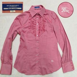 バーバリーブルーレーベル(BURBERRY BLUE LABEL)のBURBERRY BLUELABEL バーバリー ピンク 胸元フリルシャツ 長袖(シャツ/ブラウス(長袖/七分))