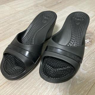 crocs - クロックス ササリ W5
