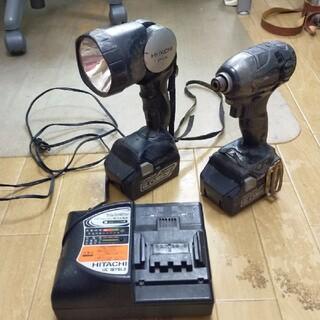 ヒタチ(日立)の日立18ボルト ライト付き箱なしセット(工具/メンテナンス)