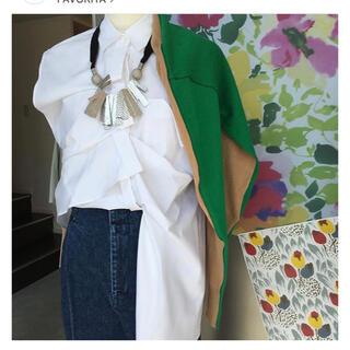 エンフォルド(ENFOLD)の美品 ENFOLD コレクションラインデザインシャツ(シャツ/ブラウス(半袖/袖なし))