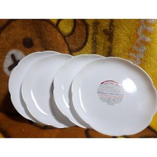 ヤマザキセイパン(山崎製パン)のヤマザキ春のパンまつりお皿 白いお皿 花びら(食器)