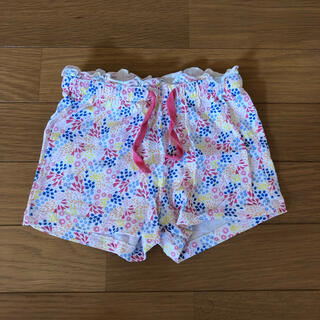 エイチアンドエム(H&M)のH&M 花柄 ショートパンツ(パンツ)